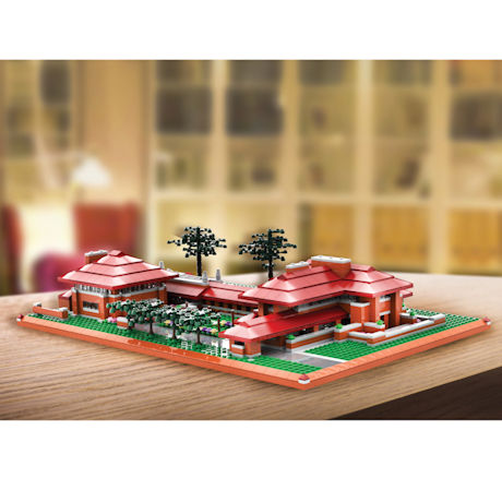 Atom Brick™ Frank Lloyd Wright® Building Set - Darwin D. Martin House