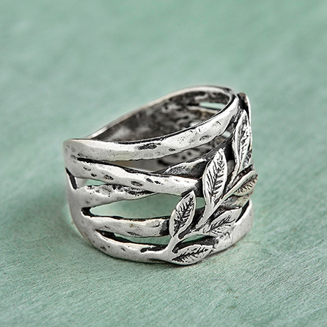Sterling Silver Leafy Ring