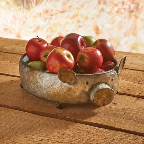Decorative Pig-Shaped Hammered Galvanized Metal Bowl