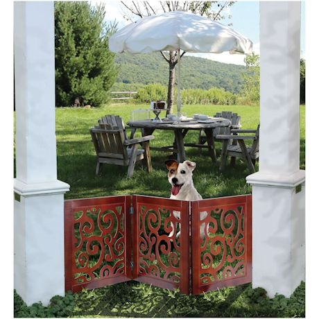 Scroll Design Pet Child Gate