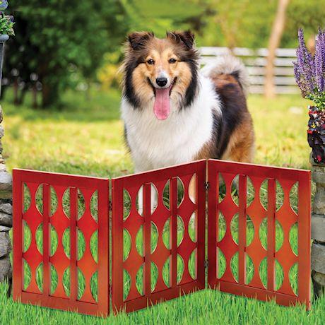 Etna 3-Panel Retro Design Wood Pet Gate - Decorative Tri Fold Dog Fence - Mahogany Finish