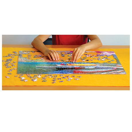 Eurographics Smart Puzzles Roll and Go Puzzle Mat - Portable Rollup Jigsaw Puzzle Saver Storage Board with Elastic Closures, Holds 2000 Piece Puzzle