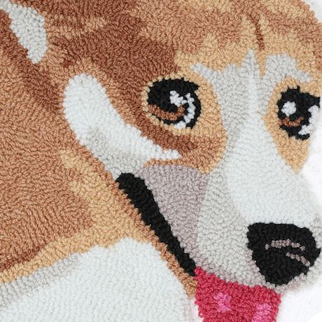 """WHAT ON EARTH Corgi Area Rug - Cute Hand-Hooked Animal Shaped Accent Carpet, 25"""" x 34"""""""