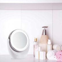 Light-Up Flip Mirror