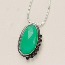 Onyx-Edged Chrysoprase Necklace